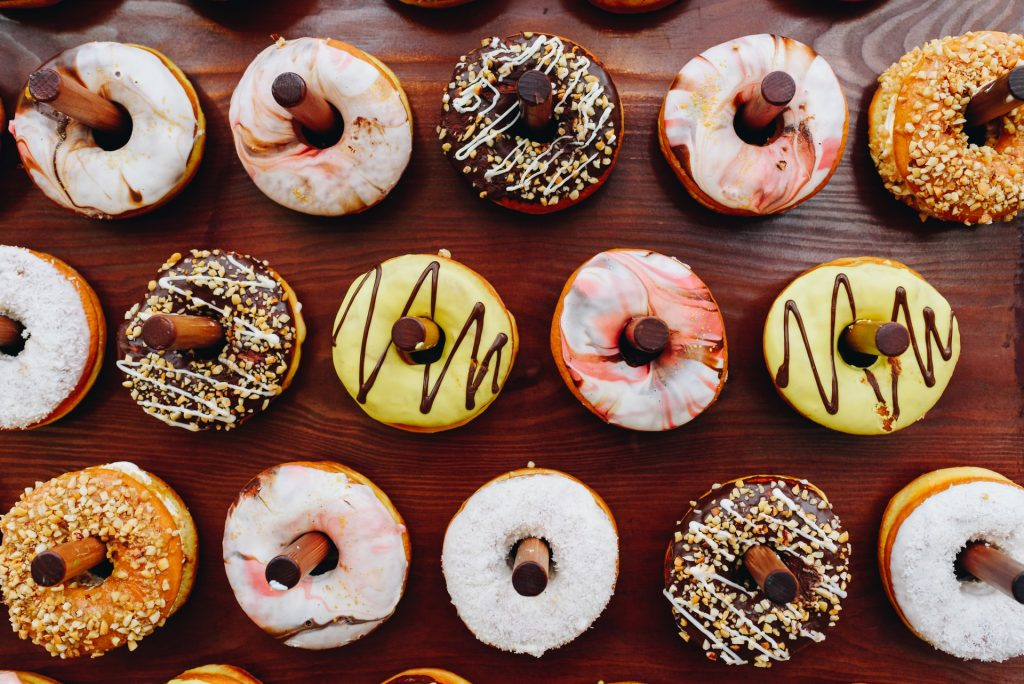 7 ways to curb food cravings when trying to lose weight