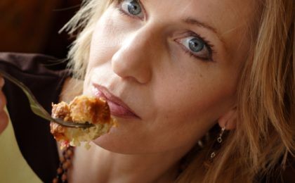 3 Real Causes of Emotional Eating and How to Overcome Them