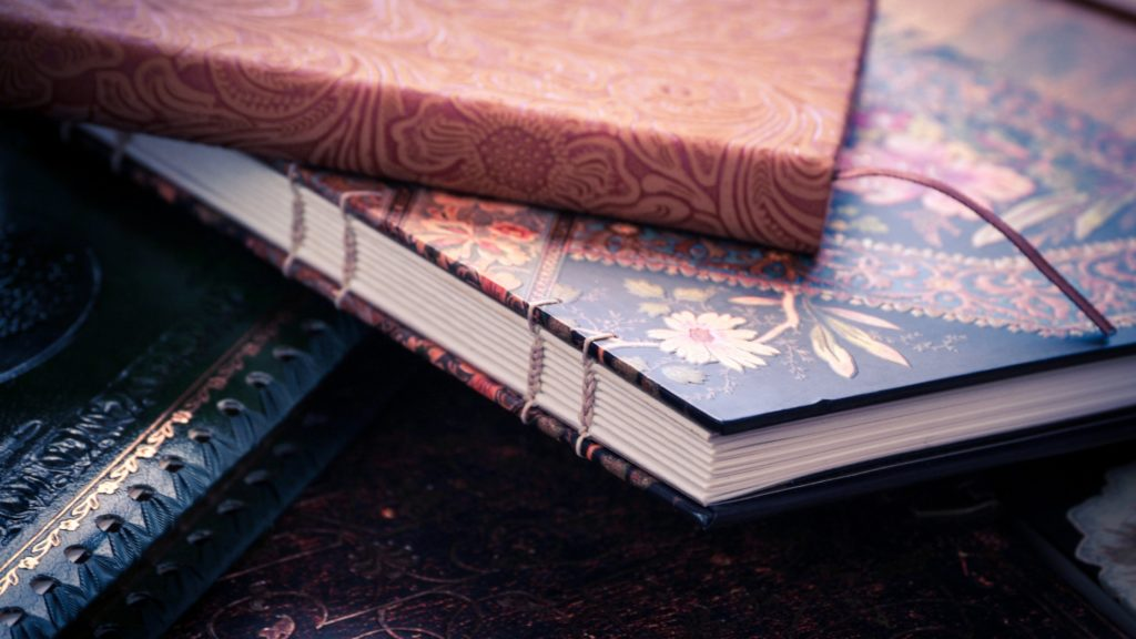 10 Types of Journals You Can Create To Stay Organised