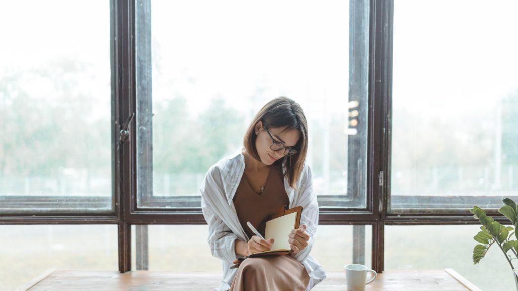 journaling in comfort